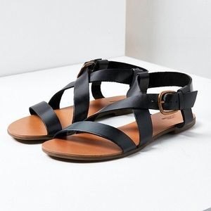 Urban Outfitters | Maddie Leather Sandals